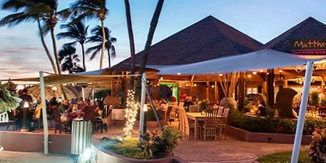 Dining at Casa Del Mar Beach Resort & Timeshare Aruba