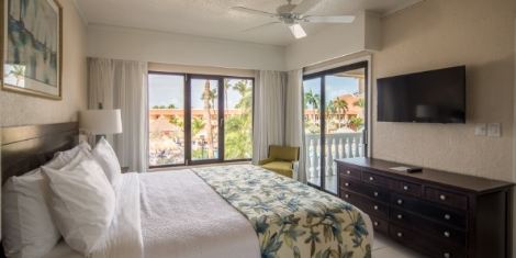 The Suites at Casa Del Mar Timeshare & Beach Resort in Aruba